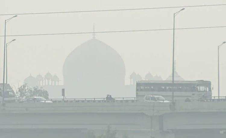 "Delhi Air Quality Turns ""Extreme"", People Advised To Stay Indoors"